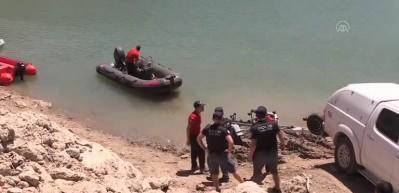 Kayıp üniversite öğrencisi Gülistan Doku'yu su altında arama çalışmaları sürüyor