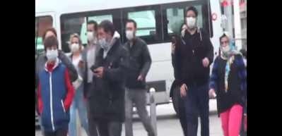 Kısıtlama sonrası Taksim Meydanı ve İstiklal Caddesi'nde hareketlilik