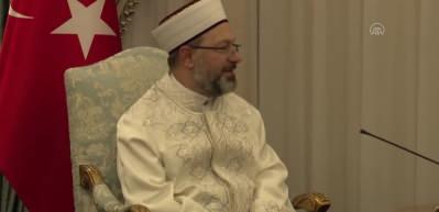 KKTC Cumhurbaşkanı Tatar Türkiye Diyanet İşleri Başkanı Erbaş'ı kabul etti