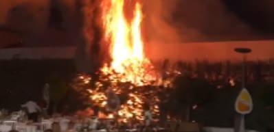 Konya'da düğünde atılan havai fişekler yangın çıkardı!