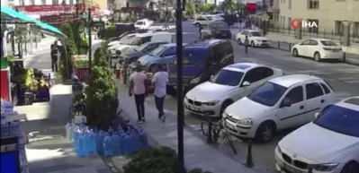 Köpekten kaçan 9 yaşındaki çocuğa araba çarptı! Kaza anı böyle görüntülendi