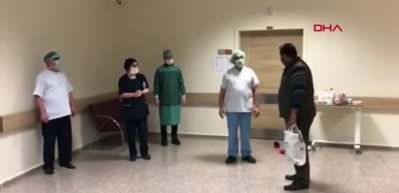 Korona virüs tedavileri tamamlananlar alkışlarla uğurlandı
