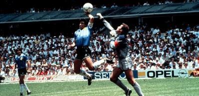 Diego Maradona (Arjantin-İngiltere)