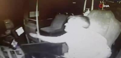 Maske yüzünden otobüs şoförünü darp etti