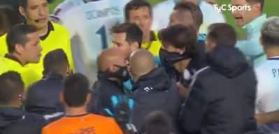 Messi antrenöre küfretti! Arjantin'in rakibini 15 yıl sonra yendiği maçta ortalık karıştı