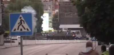 Otobüste 13 yolcuyu rehin alan saldırgan operasyonla yakalandı