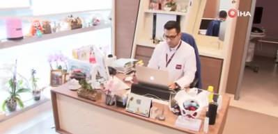 """Prof. Dr. Hüseyin Cengiz: """"Anne karnında bebeğe virüs geçmiyor"""""""