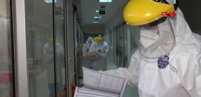 Prof Dr. Yılmaz: Maske takmayanları 30 santimlik hortum bekliyor