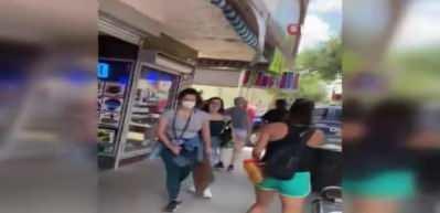 Protestoculara motorlu testere ile saldırı