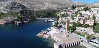 """""""Sakin şehir"""" Halfeti'ye hafta sonu turist akını"""
