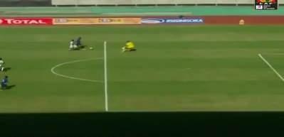 Samatta'nın kaçırdığı gol maça damga vurdu!