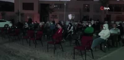 Siirt'te 'Işık hadisesi'ni izlemek için vatandaşlar bir araya geldiler