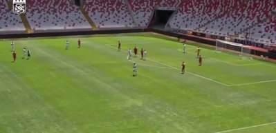 Mert Hakan Yandaş hazırlık maçında şov yaptı