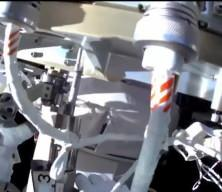 Astronotlar uzayda yürüyüşe çıktı
