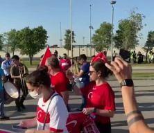 Türk taraftarlar Türkiye- Galler maçı için Bakü'de!
