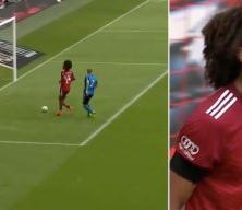 Bu gol nasıl kaçar! Bayern Münihli Zirkzee saç baş yoldurdu