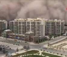 Dünya bu görüntüleri konuşuyor: Bir anda tüm şehri yuttu!