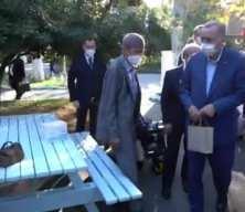 Cumhurbaşkanı Erdoğan, Darülaceze sakinlerine radyo hediye etti