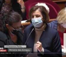 """Fransa Savunma Bakanı """"denizaltı krizi"""" yüzünden Senato'da yuhalandı"""