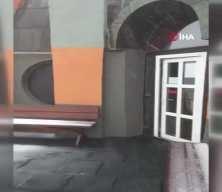 Uludağ'a mevsimin ilk karı düştü