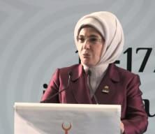 Emine Erdoğan gözyaşlarını tutamadı!