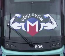 İstanbul'da makinistler ve sporcular 48 tonluk treni çekmeye çalıştı