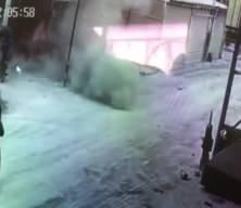 Jant tamiri sırasında lastik patladı! Dehşet anı kamerada