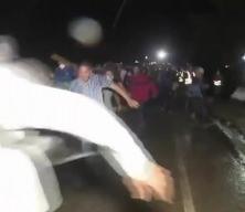 Hedef ABD: 6 bin kişilik göçmen konvoyu sınırı böyle geçti