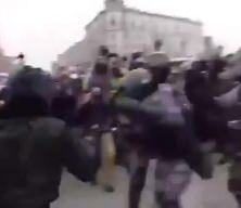 Cüneyt Arkın'dan Nevşin Bengü'ye bomba cevap! Sosyal medyada olay oldu