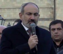 Ermenistan Başbakanı Paşinyan, halka hitap etti