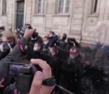 Fransa'da bunu yapana 1 yıl hapis cezası verilecek