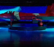 Güney Kore yeni savaş uçağını tanıttı! Geceye, uçağa yansıtılan Türk bayrağı damga vurdu