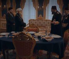 İzleyeciyi ekrana kitleyen sahne: Abdulhamid Han'ın Ahmed Ziyaüddin Gümüşhanevî Hazretlerini İftara daveti