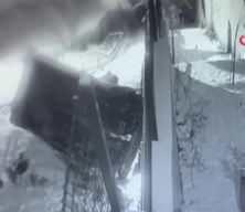 İstanbul'da dehşet anları: Kayan araç aşağıya uçup böyle takla attı