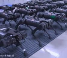 Robot ordu görücüye çıktı! ABD'ye gönderme!