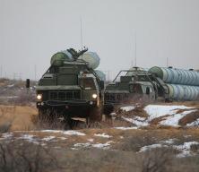 Rusya'nın ateşlediği S-400 füzeleri 700 kilometre uzaklıktaki hedefi vurdu