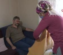 Şiddetli öksürük şikayetiyle hastaneye gitti, kaburgalarının kırıldığını öğrendi
