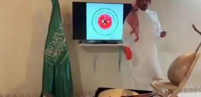 Suudi isim, Türk mallarını yakarak boykot etti
