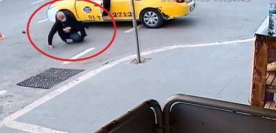 Taksiciyi yol ortasında çekip vurdular! O anlar güvenlik kamerasında