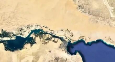 Süveyş Kanalı'nda sıkışan gemi dünya lojistik sektörünün gündemini değiştirdi - Video 7