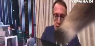 Ukraynalı bakan yardımcısına canlı yayında sürpriz misafir