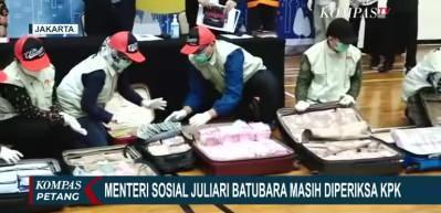 Ülkeyi sarsan skandal! Bakan, 6 bavul parayla teslim oldu!