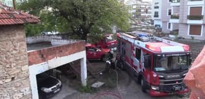 Yangın çıkan evde mahsur kalan kadın kurtarıldı