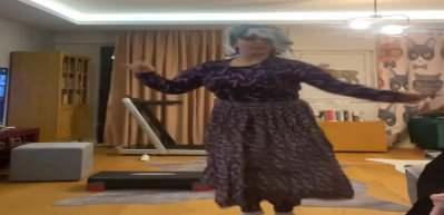 Yasemin Sakallıoğlu'dan kadınları güldüren video!