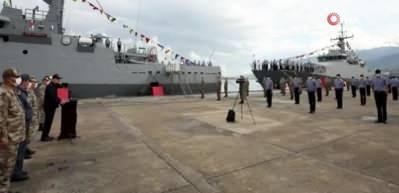 Yunanistan Türk teknesine saldırdı! Bakan Akar'dan çok sert mesaj