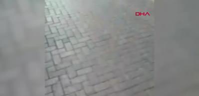 Zeytinburnu'nda binanın çökme anı kamerada!
