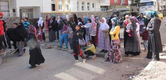 10 gündür su verilmeyen mahalleli isyan etti