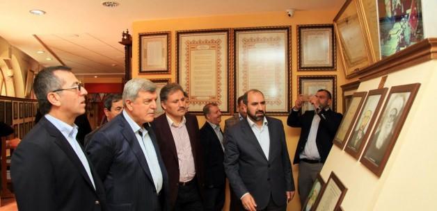 Belediye başkanları Darende'yi ziyaret etti