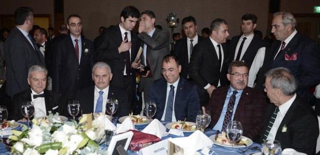 Ulaştırma Denizcilik ve Haberleşme Bakanı Yıldırım İzmir'de: