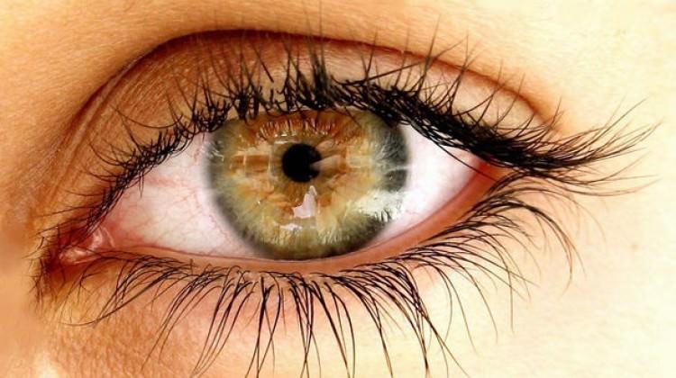 Dikkat! Göz kanseri belirti vermeyebiliyor